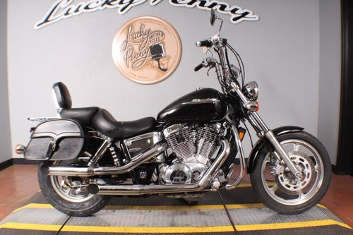 Pre-Owned 2005 Honda Shadow Spirit VT1100C15