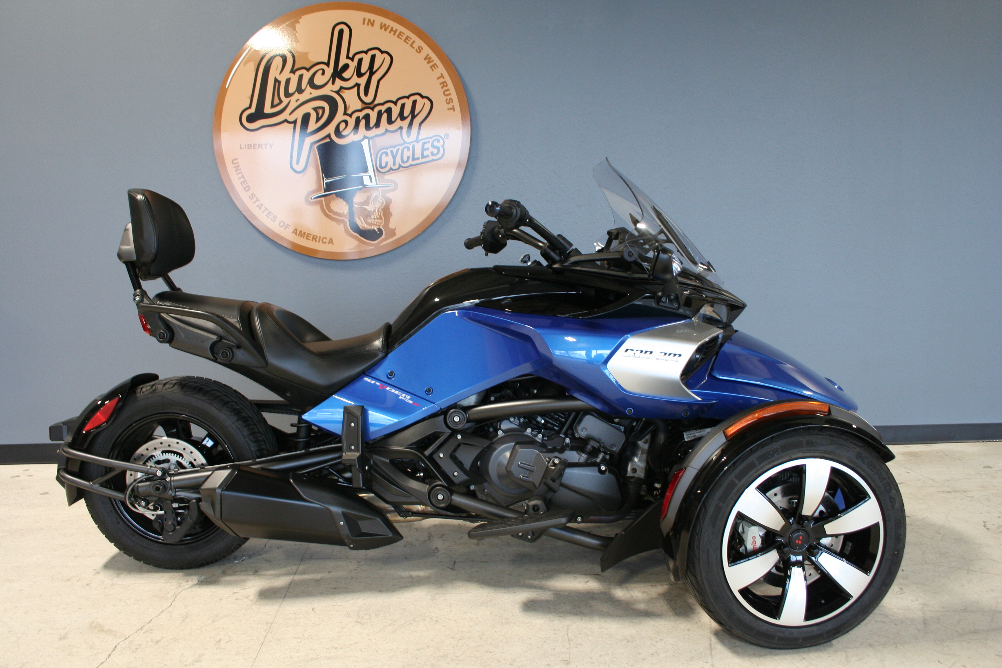 Pre-Owned 2017 Can-Am Spyder F3