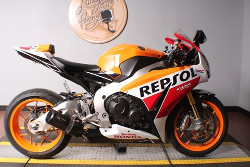 Pre-Owned 2015 Honda CBR 1000RR SP Repsol Champion Special