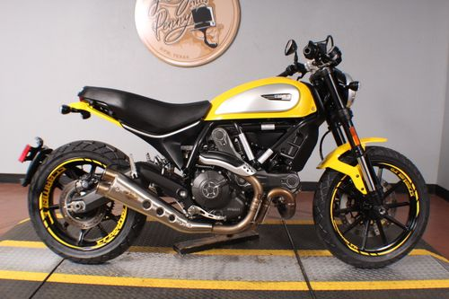 Pre-Owned 2017 Ducati Scrambler Icon